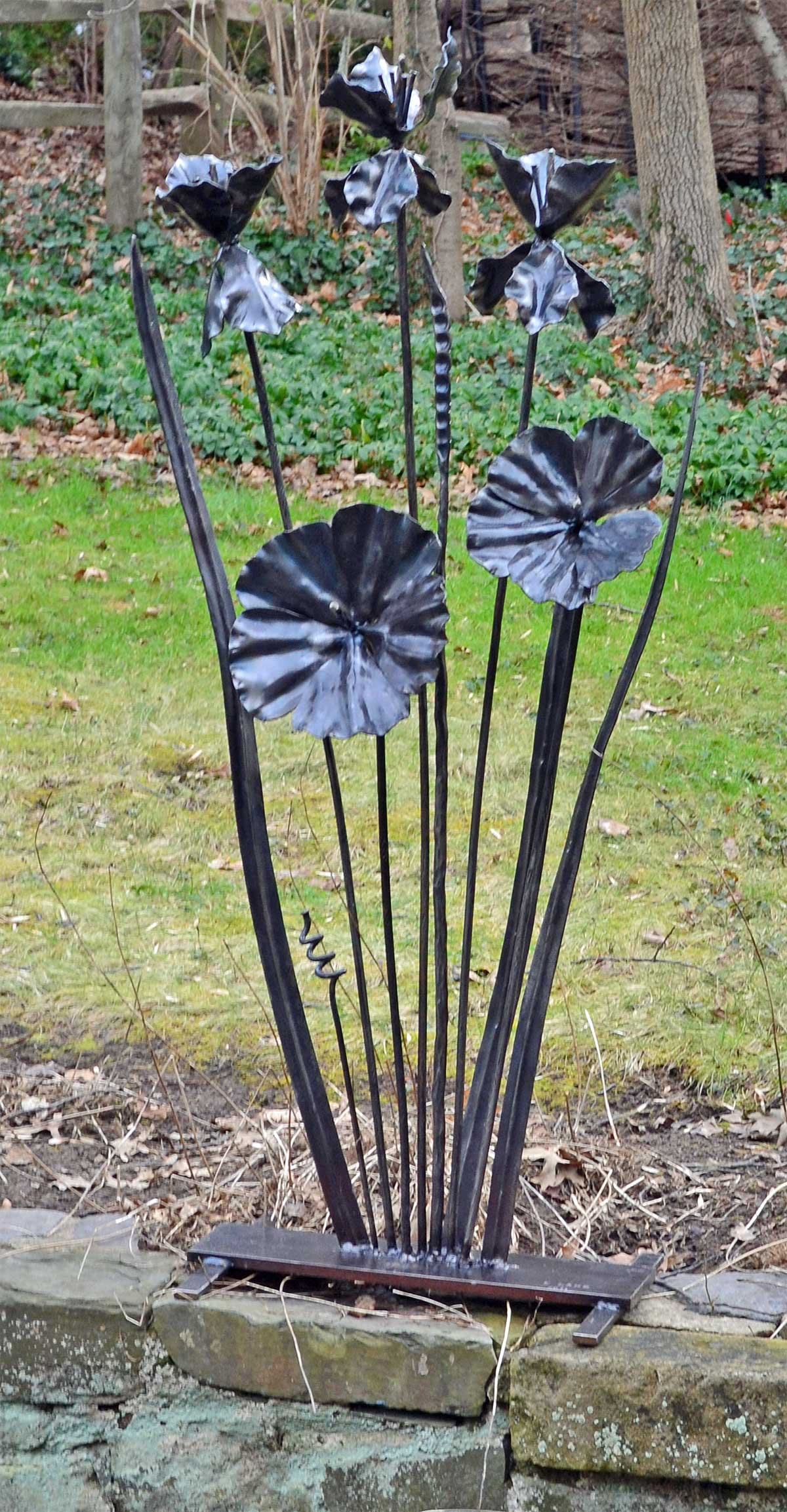 flowers sculpture